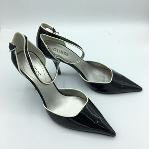 Black and White Guess Pumps